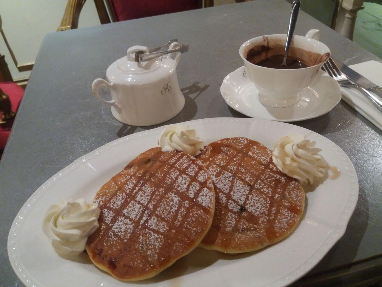 Blimis & Royale Hot Chocolate
