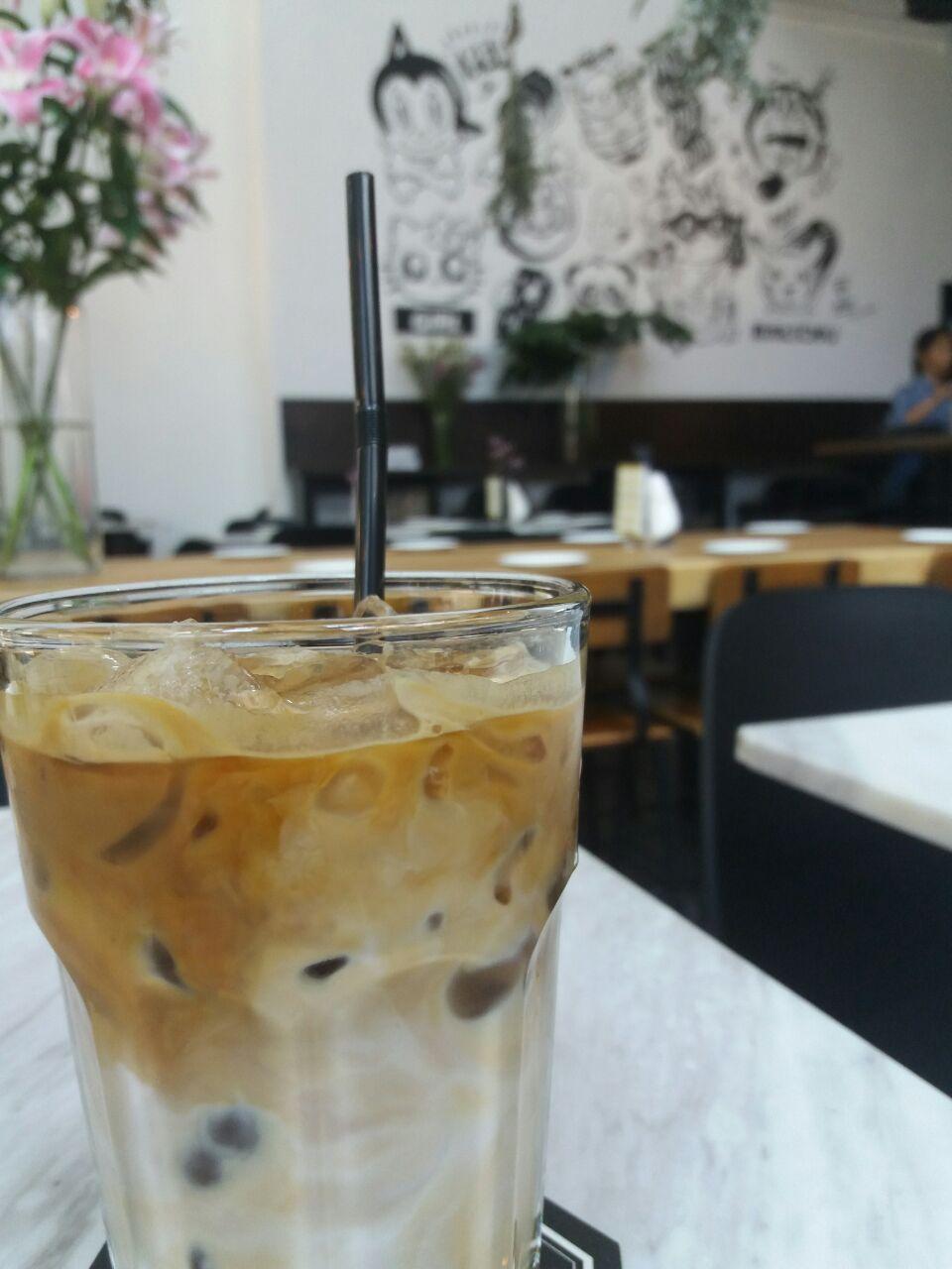 Iced Macademia Latte