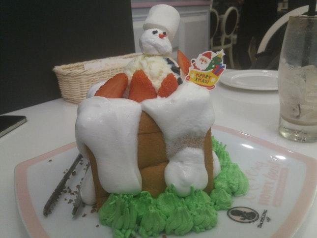 Snowman Honey Toast