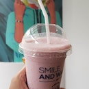 Berry Smoothies (5.9)