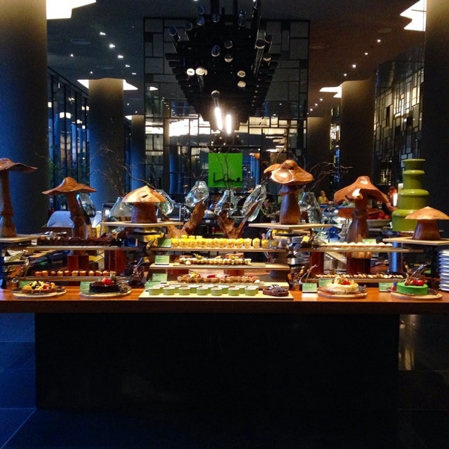 Parkroyal On Pickering Lime Restaurant Seafood Buffet: Buffet By Wendy Han