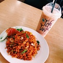 Sudden craving for maggie goreng so here am i!