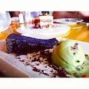Black Sesame Cheese Pound Cake.