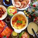 Crispy pork roast // one pot pasta by yours truly 😋 // sashimi // jap salad with wafu sauce // yakitori // country style mushroom chicken soup 🎄🍴 #xmas #lunch #japanese #angmoh #roast #yum #크리스마스