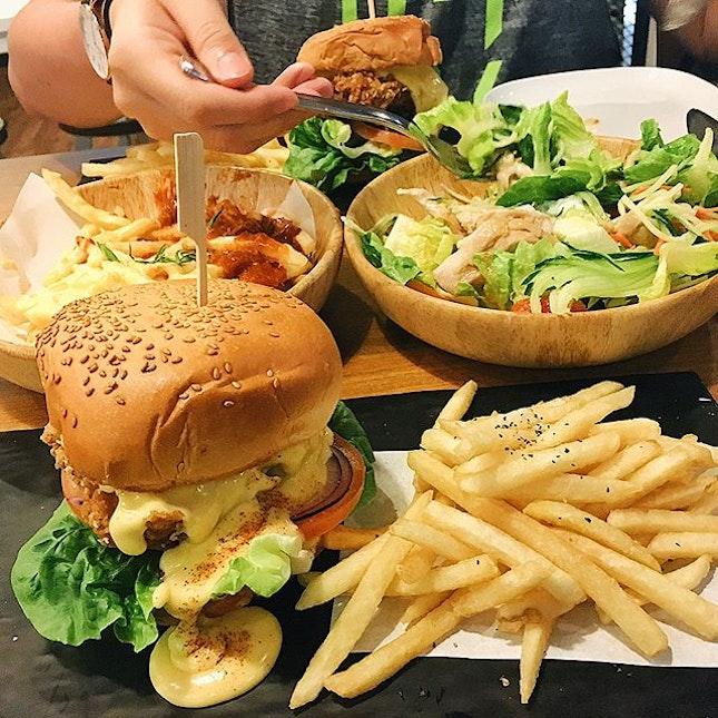 Burgers & Pizzas 🍟🍔🍕