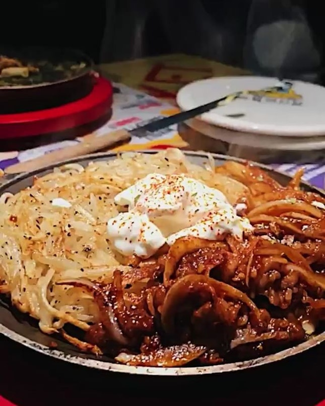 Fave at lunch today: Rosti & Beef ($10.90).