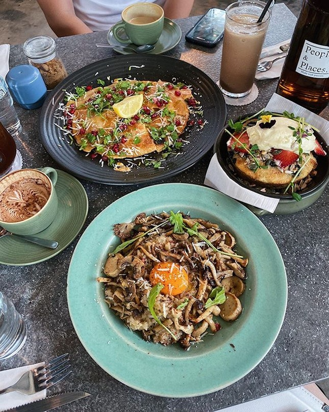 If this cafe is good enough for Jay Chou 周董, it's good enough for me 🤣 Back at this brunch cafe in Mount Austin, JB for the second time and still loving the food sooo much!
