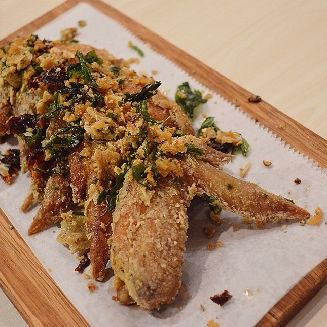 Songkran Wings, one of the 4 dishes from @thaiexpresssg's new Songkran menu, available from now till 19th April.
