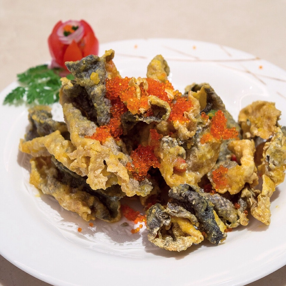 Crisp-Fried Fish Skin with Salted Egg Yolk ($9.80)