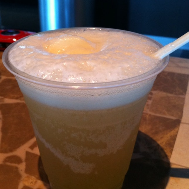 Draught Beer Float