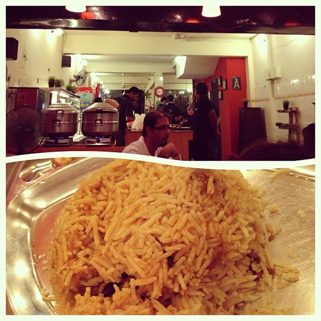 some mutton briyani to satisfy the cravings :) @michellezyenn #fierce #curry #house #bangsar #dinner