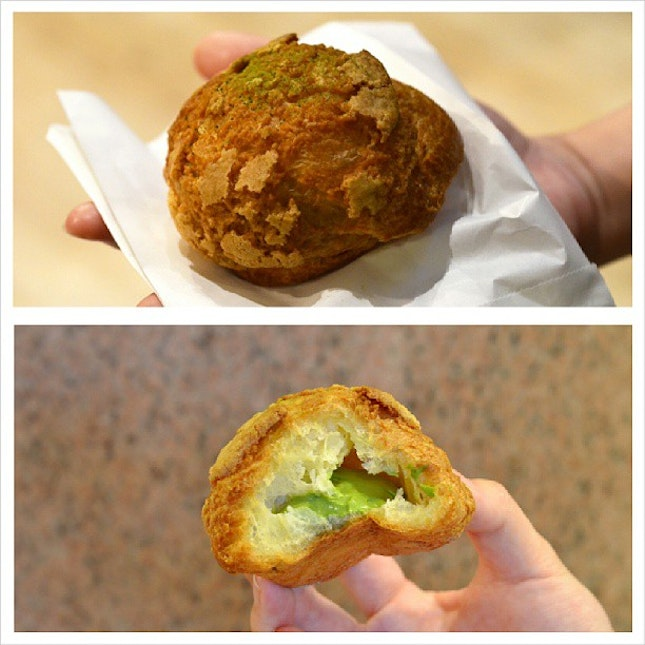 Sweet House Cha Cha is not only famous for its matcha soft serve made with hokkaido milk but also for this delicious matcha puff with addictive matcha custard cream!