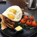 Hearty breakfast of bacon, eggs, waffles at @twotalltreessg , a worthy brunch spot in Serangoon Gardens.