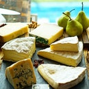 Discovering the wonders of #European's finest #cheeses at @SaintPierreSG.