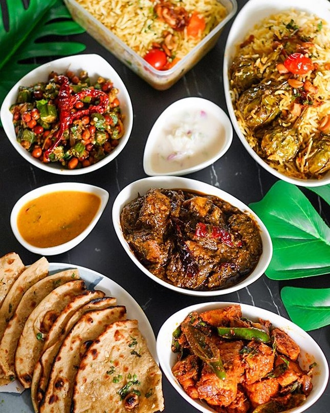 Indian food is, and always will be, happiness.😊 And if you're looking to contribute to the environment and do a #MeatlessMonday, @MrBiryaniSG has very recently launched a new, flavour-packed #Vegan menu (swipe to the back for list of offerings)!
