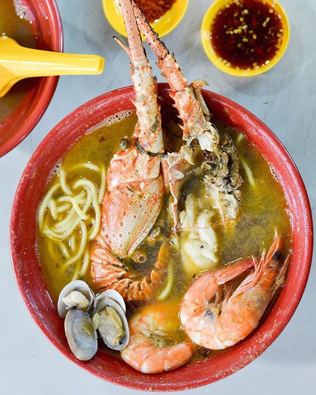 One of the indulgence I had during the weekends - the Lobster Noodles ($24.90) from Sumo Big Prawn Noodles.