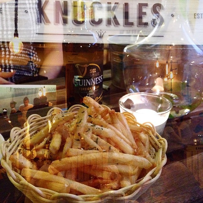 $6 truffle fries at #knuckles, which is co-owned by the same people behind Nakhon!