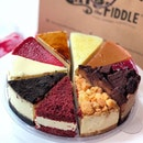 🍰If i had a cake like this, I wouldnt share 🙈🍰 10 flavors of #cheesecake to indulge in!