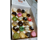 Nyam Nyam Nyam 👍😀😍😛😜😋😘👅🍩🍩🍩 #jcoid#jco#indonesia#jakarta#centralpark#donuts#doughnuts#foodaddicted#foodporn#yummy#bestoftheday#instagram#delicious#sweet#love