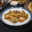 Fiery Crab Shrimp Aglio Olio $18