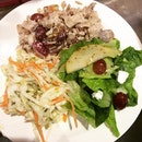 #EatingClean for #lunch today at #MunchSaladsmithPLS!