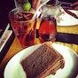 The Chocolate Kiss Café