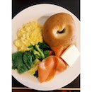 #bagel with #smoked #salmon and #scramble #egg .
