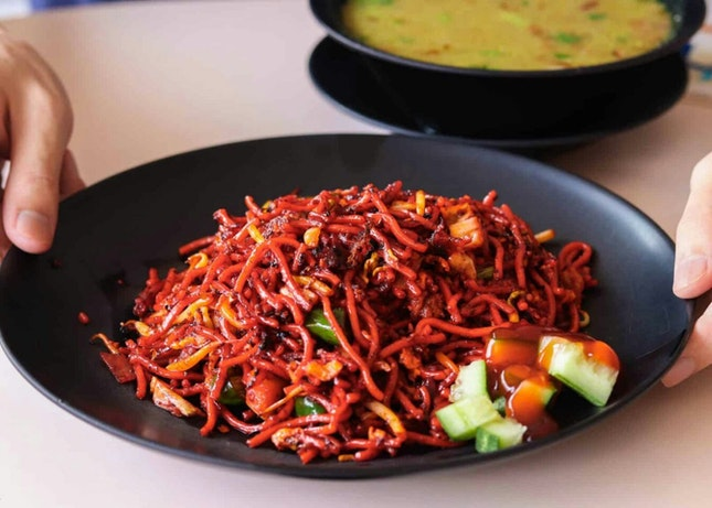 Do They Really Have The Best Mee Goreng in Singapore?