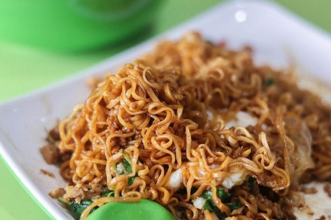 Delicious Thai Basil Chicken Noodles