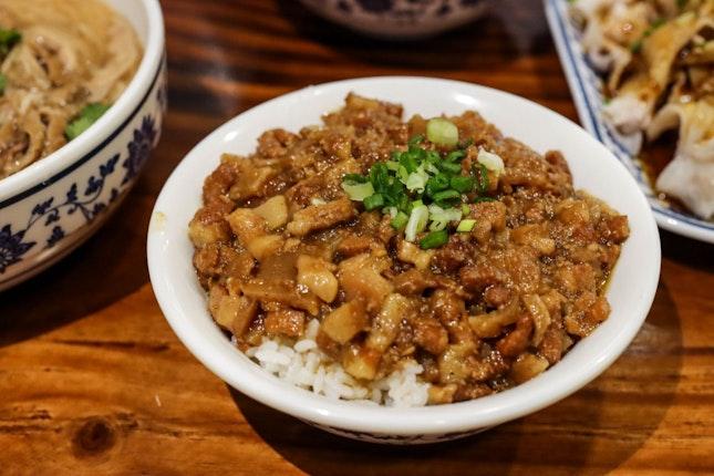 Train-Themed Taiwanese Eatery