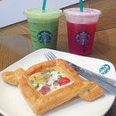 [WHEELOCK] Starbucks all day every day 😌😌 • #burpple @burpple #hungrygowhere @hungrygowhere #starbuckssg @starbuckssg