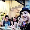 Korean superstar Brian Joo having dinner #49seats in Singapore !