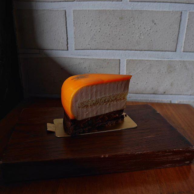 Orange Sanguine Tarte😍 Thinking what to get for Christmas cake?