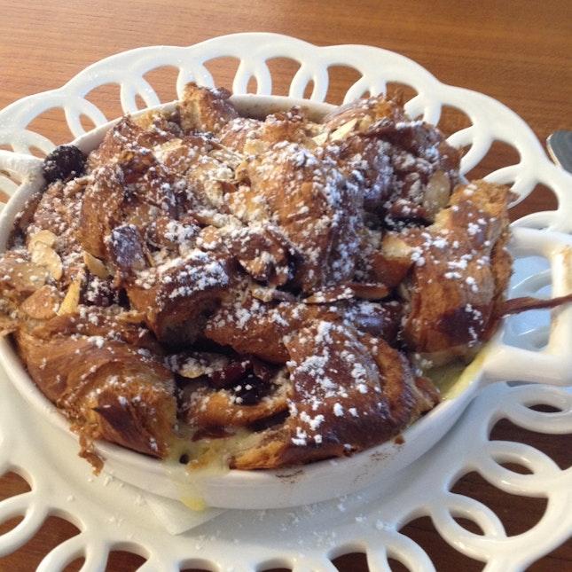Crossiant Pudding