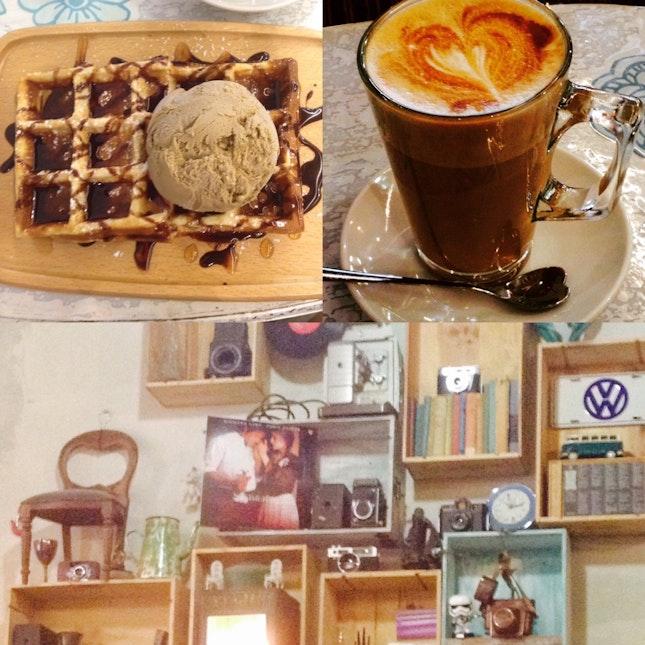 Latte N Waffle