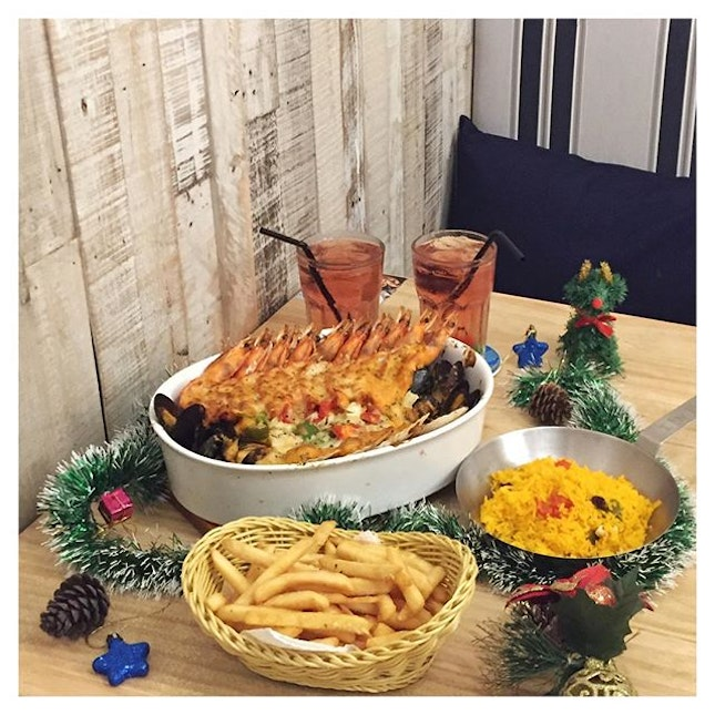 With Christmas coming round, who's up for a feast?