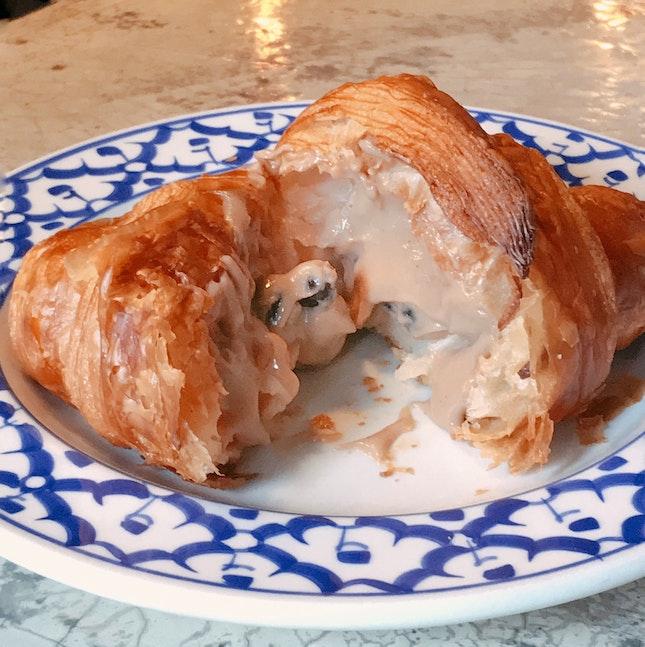 Boba Croissant ($5)
