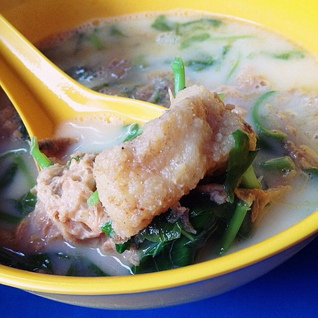 The famous Blanco Court Fried Fish Soup...