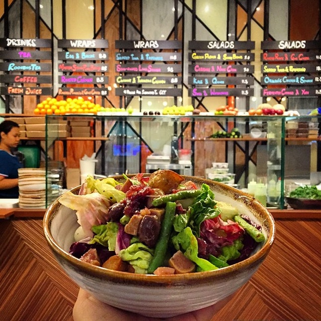 Skinny Pizza has taken over the space beside them at 100AM and opened a salad and wraps branch, despite being in competition with several other salad bars in the area.