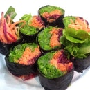 Vegetable Sushi - carrots lettuce and beetroot #vegetarian #sushi #asianfood
