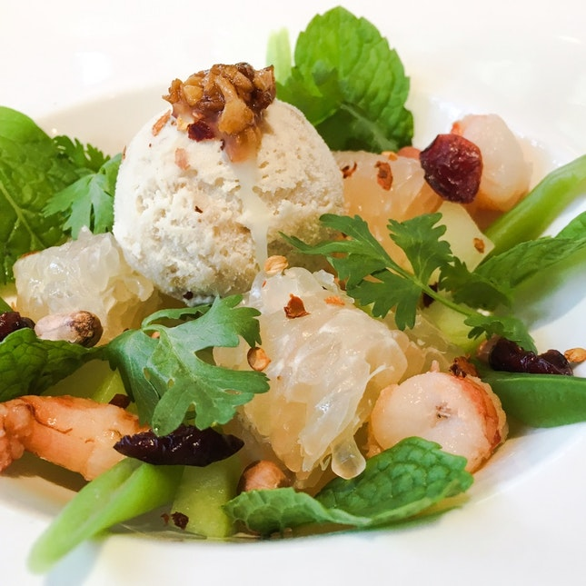 Pomelo Salad with Tiger Prawns and Frozen Coconut Dressing