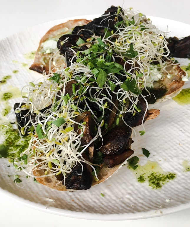 Meredith's Goat Cheese with Thyme Roasted Mushrooms