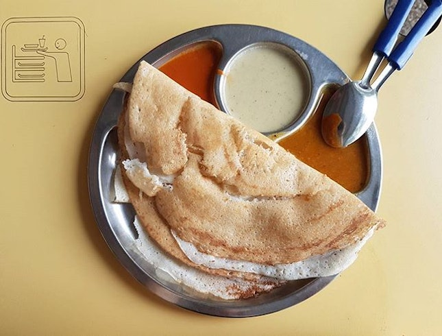 {Plain Thosai}  Not sure why but I've recently started to eat more Indian food haha.