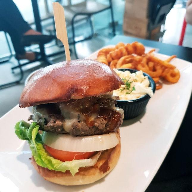 Bacon Cheeseburger [$26++]