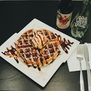 I like maple syrup on my waffles.