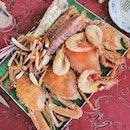 Fresh and cheap seafood at Pulau Aman.