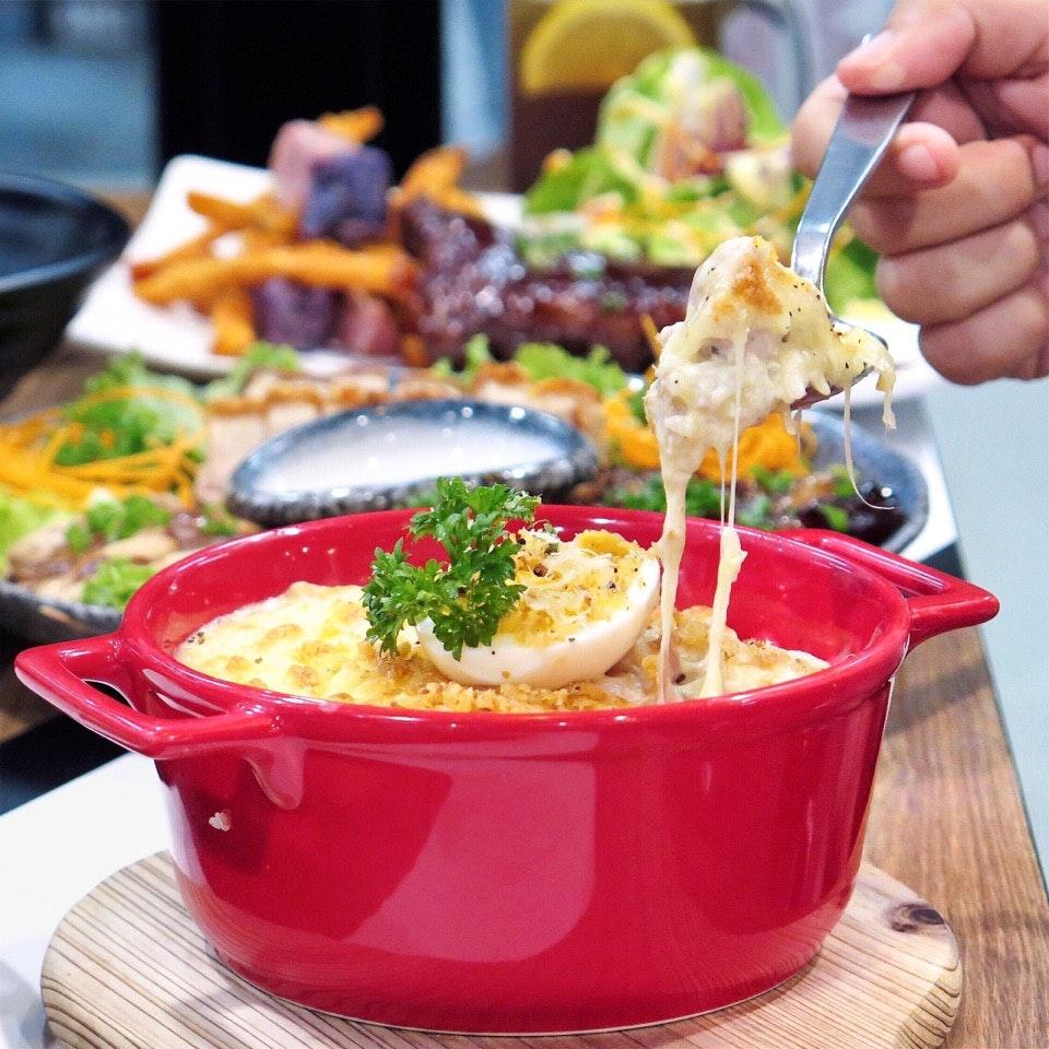 Kowloon Bay Creamy Chicken 九龙湾芝士焗鸡肉 [$11.90]