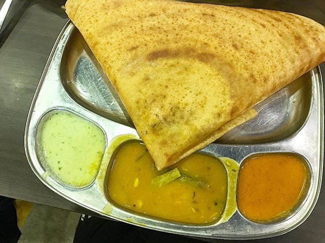 Masala Thosai is a potato lover's dream ♥️ Also, those delicious dipping curries.
