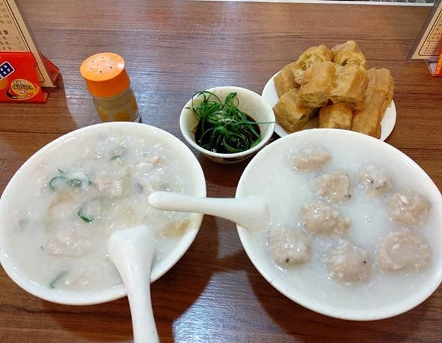 Saw this sang kee congee place on my IG feed since one year ago and have been craving for it since then!