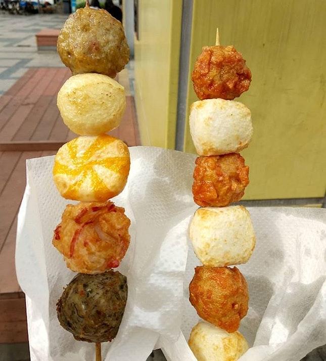 Interesting assorted fishballs at cheng chau island!